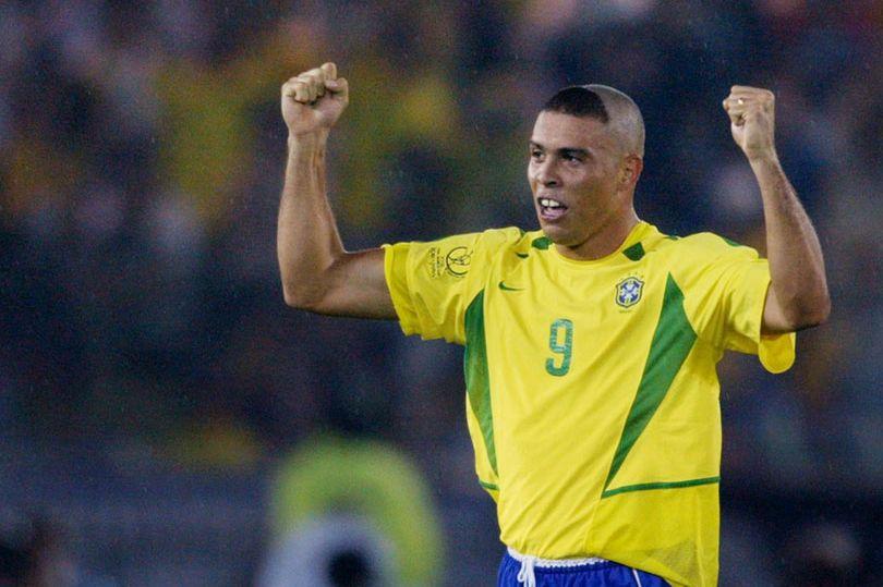 NÓNG: Ronaldo nhập viện khẩn cấp - Bóng Đá