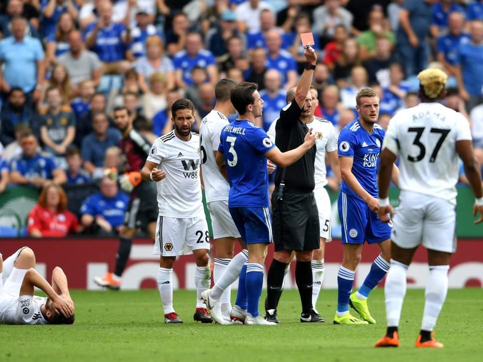 Jamie Vardy thẻ đỏ, Leicester City vẫn giành trọn 3 điểm - Bóng Đá