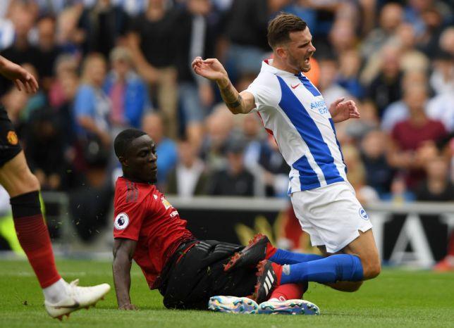 Huyền thoại Man Utd chỉ trích Eric Bailly không ra gì - Bóng Đá