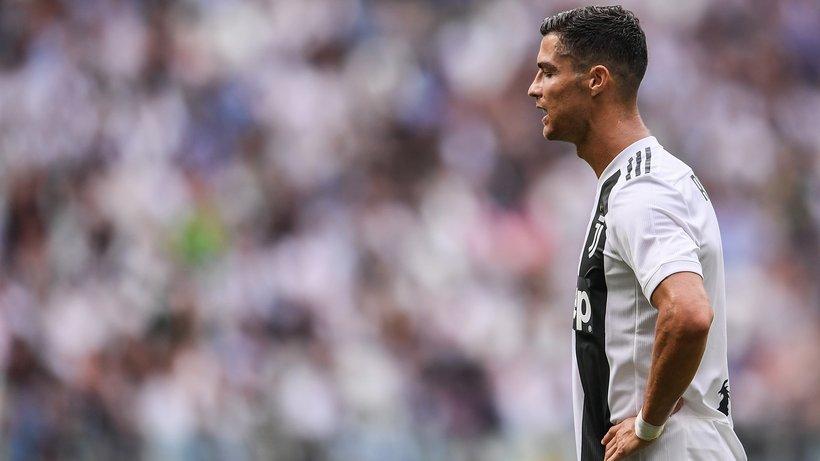 Sốc: Một phụ nữ tố cáo bị Ronaldo cưỡng hiếp - Bóng Đá