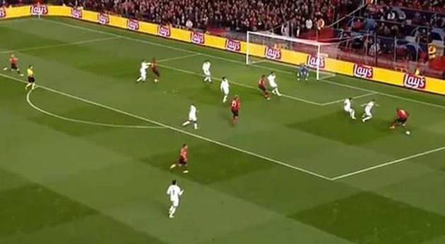 5 điều có thể bỏ lỡ ngày thi đấu thứ 3 Champions League: Lukaku tự... đốn giò mình - Bóng Đá