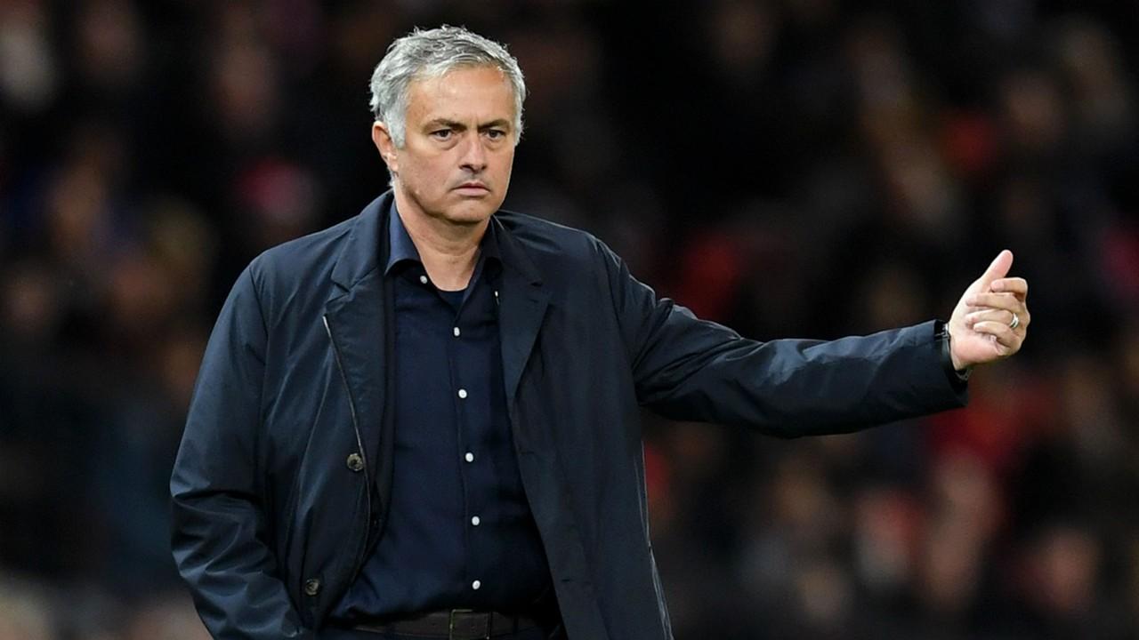Tin nhanh 05/10: M.U sa thải Mourinho, chốt ứng cử viên thay thế - Bóng Đá