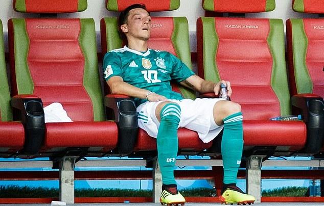 Mesut Ozil nói lời bất ngờ về tuyển Đức - Bóng Đá