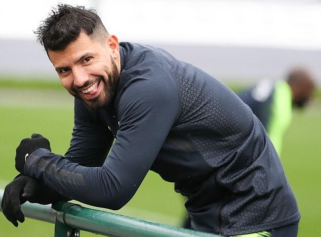 Chơi trò lạ, Man City chờ biến Man United thành con rối ở Etihad - Bóng Đá