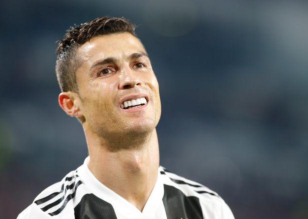Sốc! Ronaldo bị loại khỏi QBV - Bóng Đá