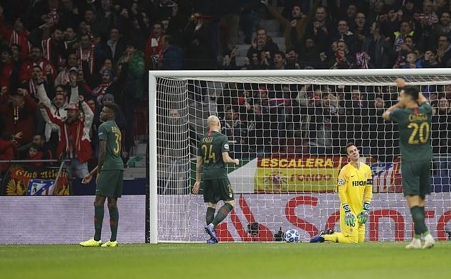 Henry bất lực nhìn Griezmann hủy diệt AS Monaco - Bóng Đá