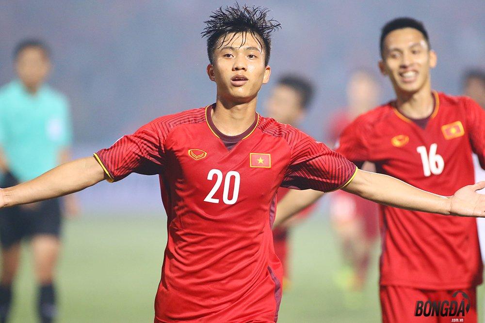 Bạn biết ai xuất sắc nhất trận Việt Nam 2-1 Philippines chưa? - Bóng Đá