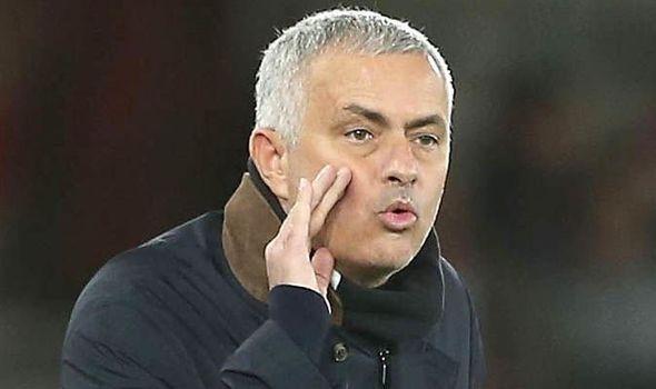 Nóng! Mourinho ra quyết định liên quan việc từ chức HLV Man Utd - Bóng Đá