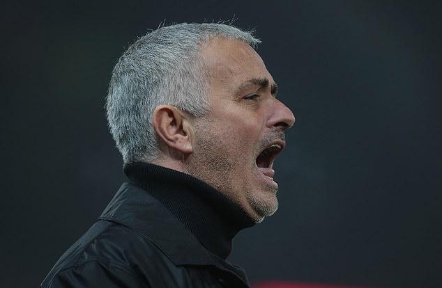 Bằng chứng hàng thủ Man Utd chơi như đội bóng nghiệp dư trước Arsenal - Bóng Đá