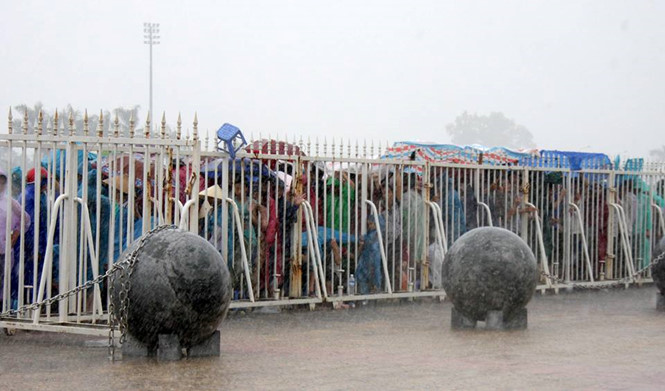 Xong! Số phận 40 quả cầu đá ở Mỹ Đình được định đoạt - Bóng Đá