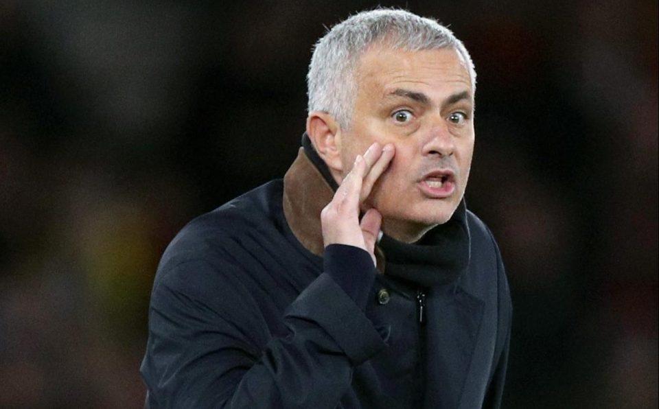Nóng! Rõ số tiền Mourinho nhận được nếu bị Man Utd sa thải - Bóng Đá