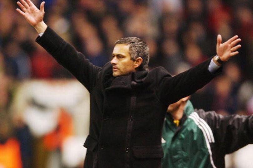 Những gì Mourinho từng nói với Sir Alex đang trở lại ám ảnh ông - Bóng Đá