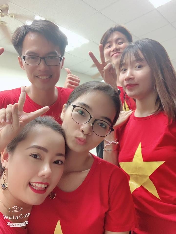 Du học sinh tiếp lửa, vỡ òa khi tuyển Việt Nam vô địch AFF Cup - Bóng Đá