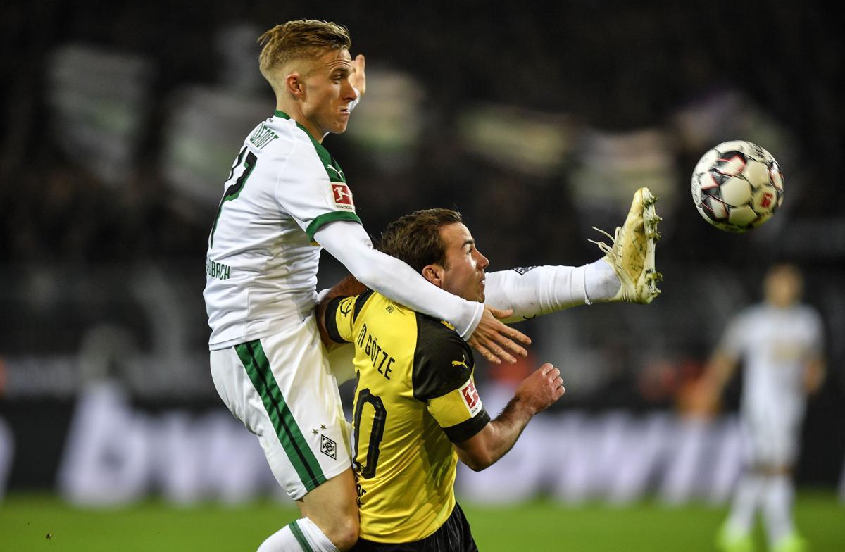 Sancho, Reus giúp Dortmund thiết lập lại khoảng cách 9 điểm - Bóng Đá