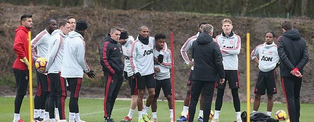 Solskjaer giữ lời hứa, hàng loạt 'măng non' xuất hiện trên sân tập Man Utd - Bóng Đá