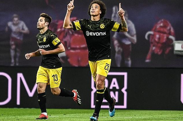 Mục tiêu của M.U tỏa sáng, Dortmund tái lập khoảng cách với Bayern - Bóng Đá