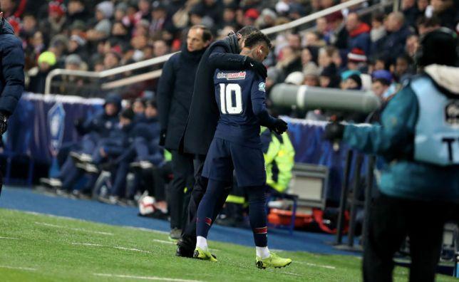 Chấn thương nặng, Neymar khóc ngất trước đại chiến Man Utd - Bóng Đá