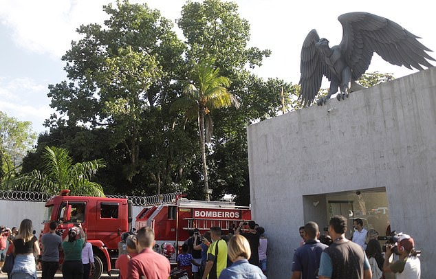 Bầu không khí tang thương nơi 10 cầu thủ trẻ của Flamengo tử nạn - Bóng Đá