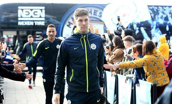 Ảnh Man City Chelsea tới Etihad - Bóng Đá
