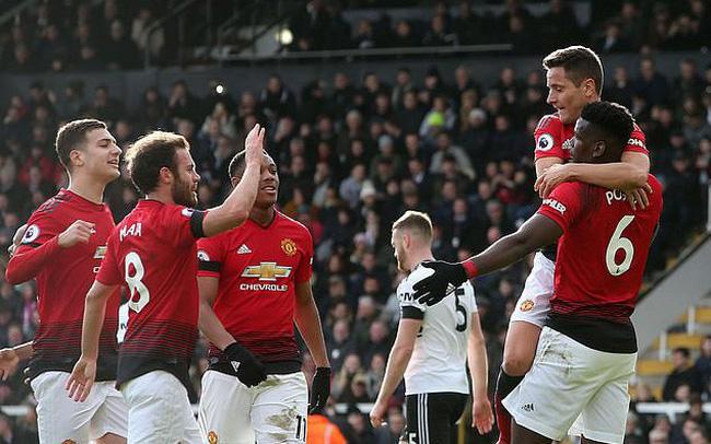 Biến Chelsea thành 'chú Sáu', Man City lên ngôi đầu giúp M.U vững Top 4 - Bóng Đá