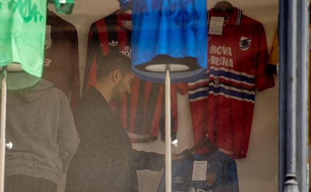 Là người của Man City nhưng Ilkay Gundogan chỉ thích áo đấu Man Utd - Bóng Đá