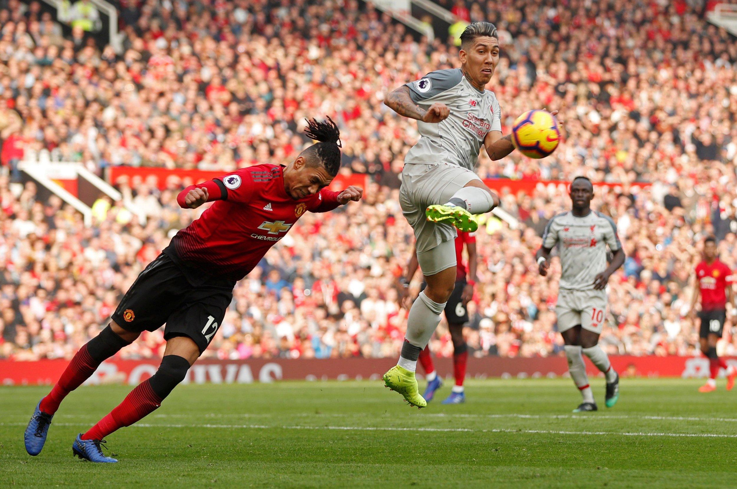 Chris Smalling trông tuyệt hơn bao giờ hết và có thể giúp Manchester United tiết kiệm 90 triệu bảng - Bóng Đá