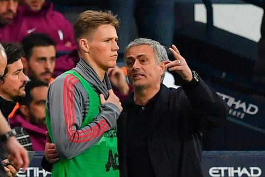 Mourinho tìm ra 'mad dog' của M.U sau trận thua Barca - người ông đưa ra ánh sáng - Bóng Đá