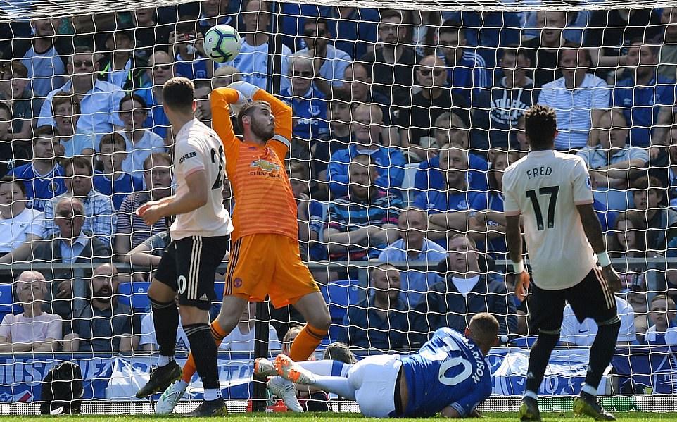 Làm chuyện dại dột ở trận Everton, Pogba bị 'rủa' không thương tiếc - Bóng Đá