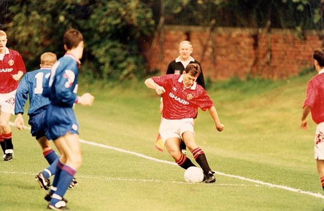 Solskjaer đưa Man Utd tham quan The Cliff - Bóng Đá