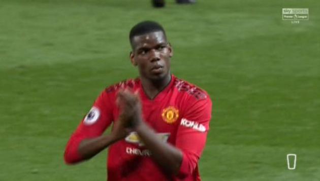 Pogba có hành động bất ngờ tới CĐV Man Utd sau trận thua Man City - Bóng Đá