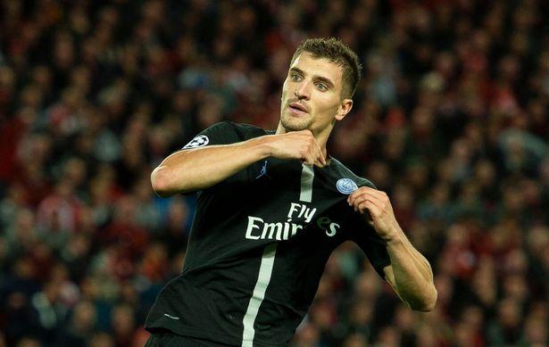 PSG báo giá bán Thomas Meunier - Bóng Đá