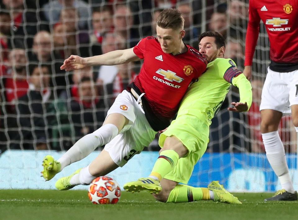 Một 'Roy Keane 2.0', một 'mad dog' đích thực của M.U từ thời Mourinho - Bóng Đá