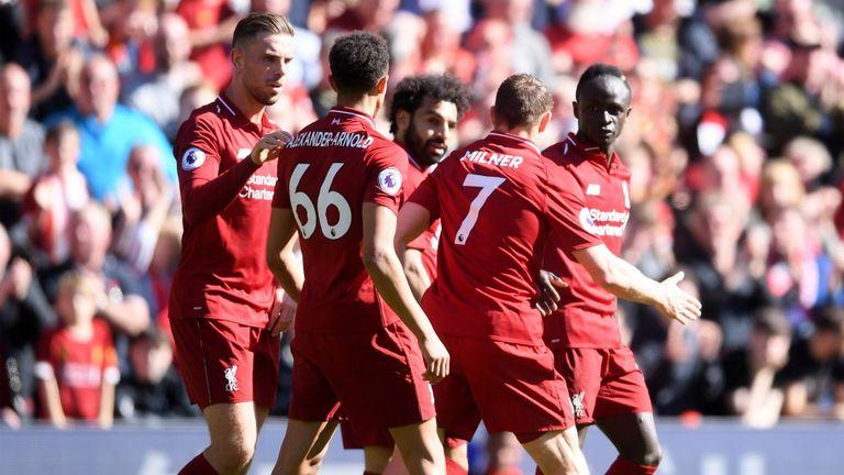 Neville troll Carragher với 'danh hiệu cho kẻ về nhì', Liverpool đã chuẩn bị sẵn lễ ăn mừng - Bóng Đá