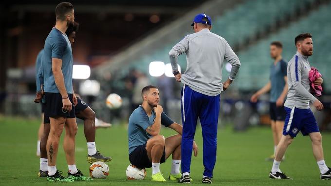 NÓNG! Hazard đã cầm áo Real Madrid - Bóng Đá