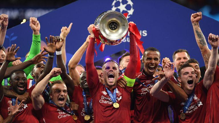 CHÍNH THỨC! Liverpool đẩy đi 2 cái tên đầu tiên sau khi vô địch Champions League - Bóng Đá