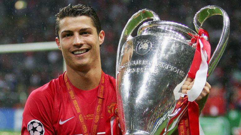 Tròn 10 năm, Ronaldo vẫn ám ảnh 'số 7' tại Old Trafford - Bóng Đá