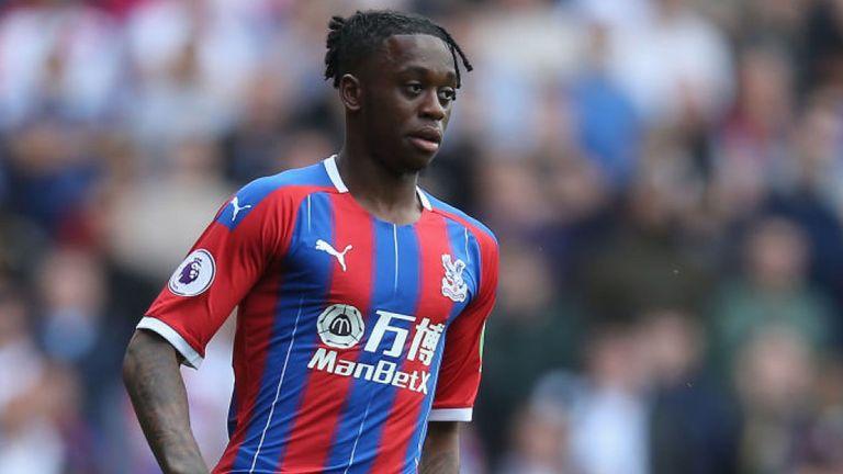 Aaron Wan-Bissaka favours Manchester United move - Bóng Đá