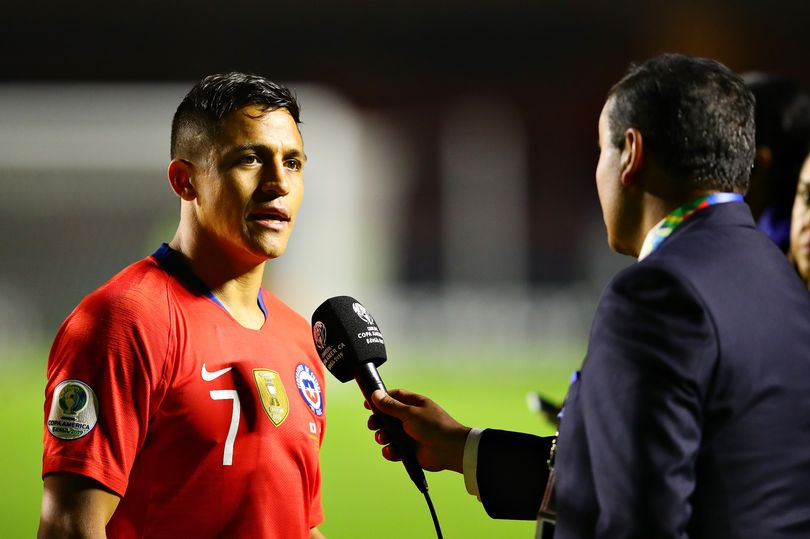 Alexis Sanchez speaks out on Manchester United situation - Bóng Đá