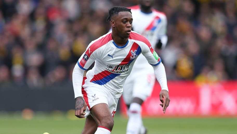 Report reveals 'seven-fold' wage rise for Wan-Bissaka at Man Utd - Bóng Đá