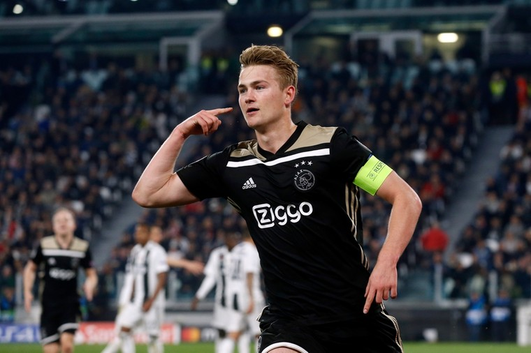 Deal in hours: €70m star closes in on new club after snubbing Manchester United transfer (De Ligt) - Bóng Đá
