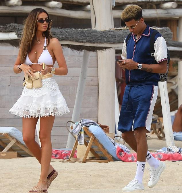 Dele Alli's model girlfriend Ruby Mae catches the eye in a busty white bikini top - Bóng Đá