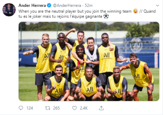 Herrera poses picture with new team-mates - Bóng Đá