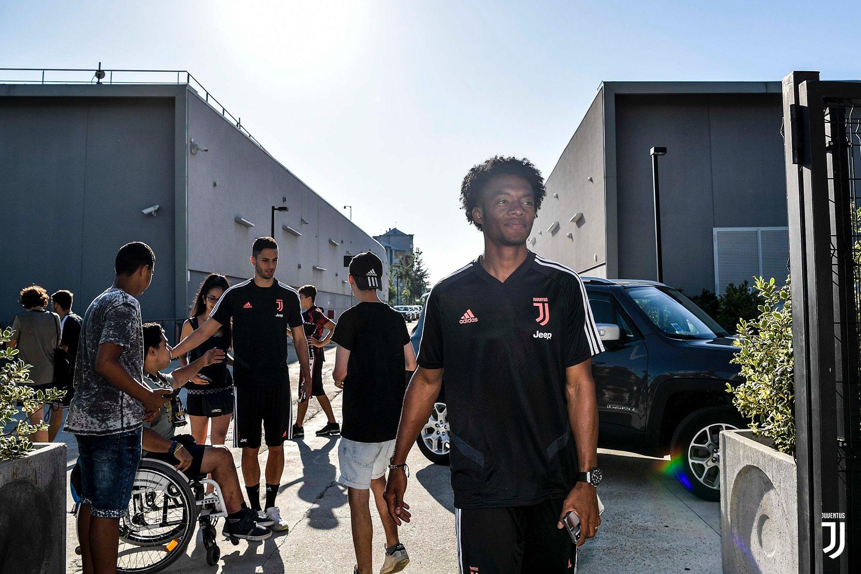 Juan Cuadrado and Rodrigo Bentancur back in Juventus - Bóng Đá