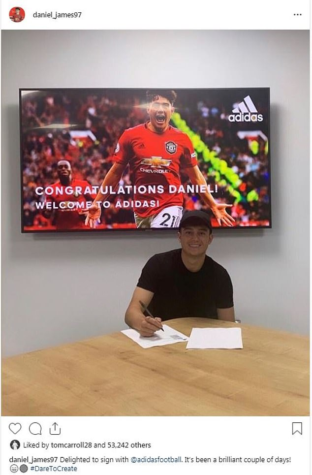 Daniel James signs with Adidas - Bóng Đá
