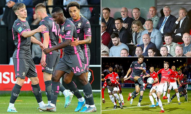 Sir Alex watches on as Eddie Nketiah scores on Leeds debut to help knock Salford City out of Carabao Cup  - Bóng Đá
