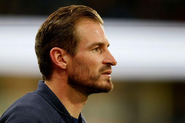 Huddersfield sack Jan Siewert after just three games of new season following Fulham defeat - Bóng Đá