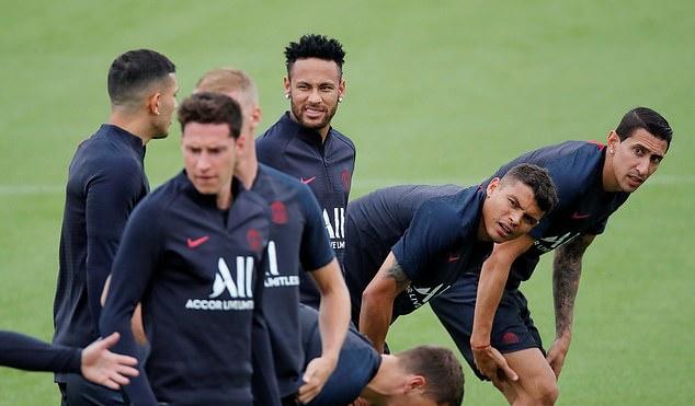 Ảnh tập Neymar - Bóng Đá