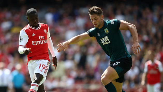 Pepe hóa Messi, biến 2 cầu thủ Burnley thành trò hề - Bóng Đá