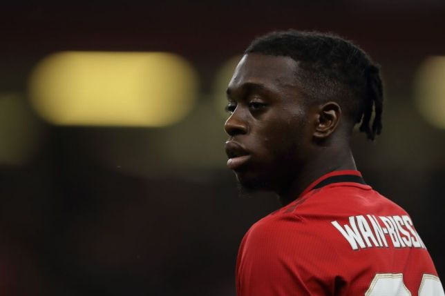 Aaron Wan-Bissaka sends warning to Manchester United squad ahead of Wolves clash - Bóng Đá