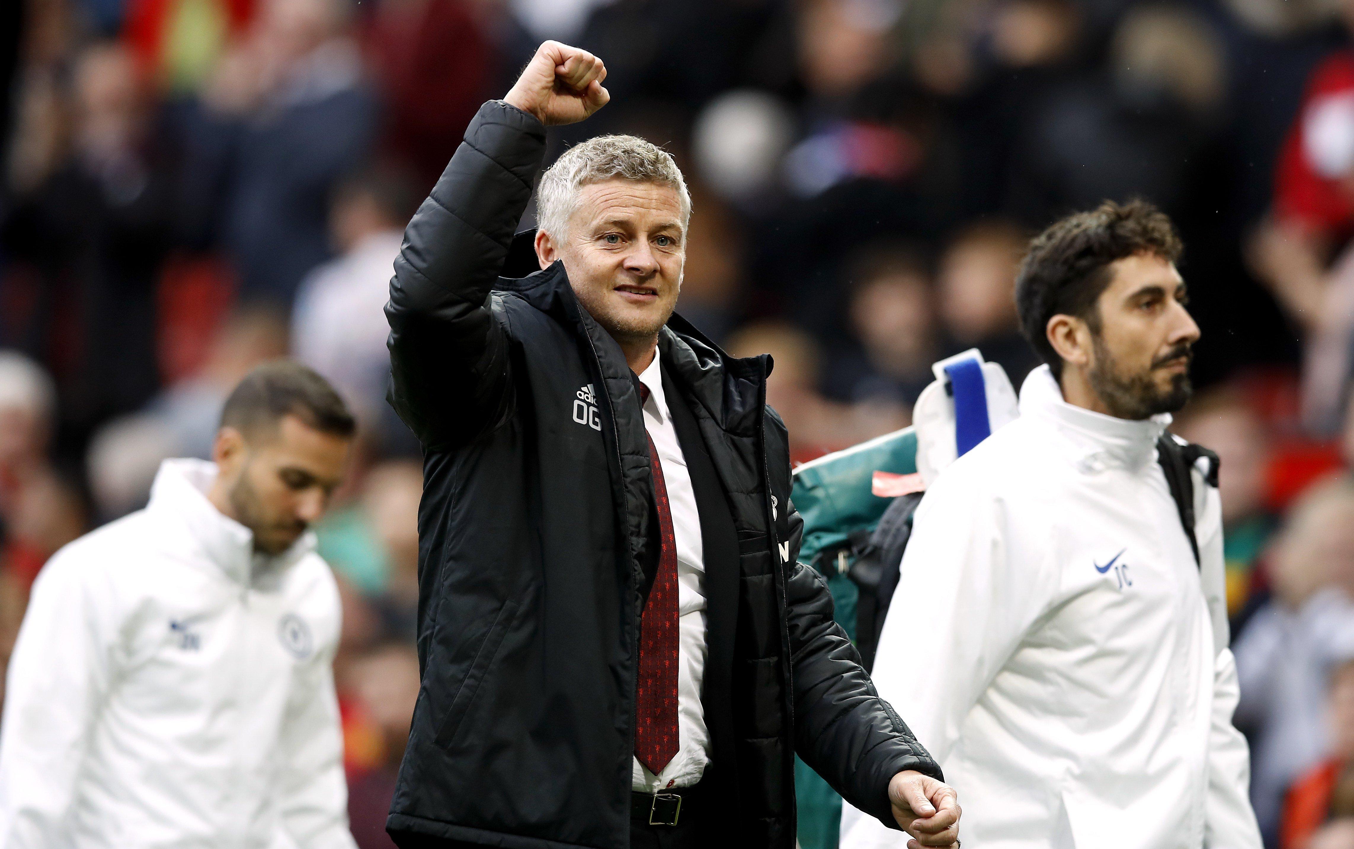 Ole Gunnar Solskjaer makes signing Jadon Sancho his top priority for Manchester United in January - Bóng Đá